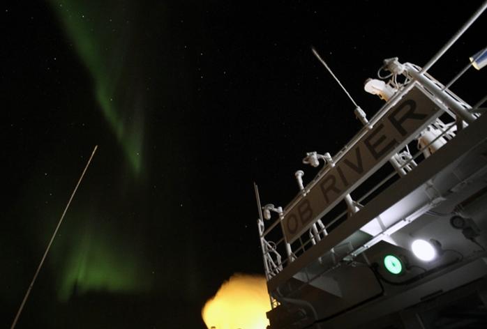СПГ-танкер «Ob River» на Северном морском пути
